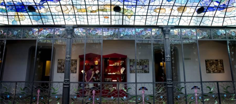 Casa Lis, Art Nouveau & Art Deco Museum