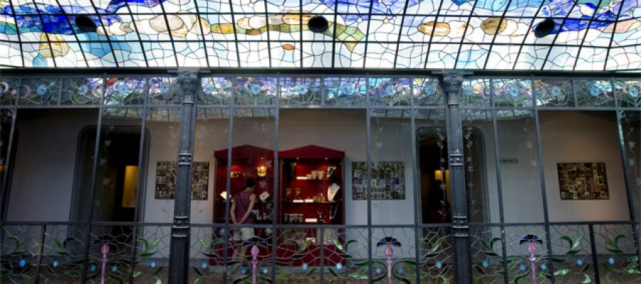Casa lis art nouveau art deco museum - Art deco and art nouveau ...